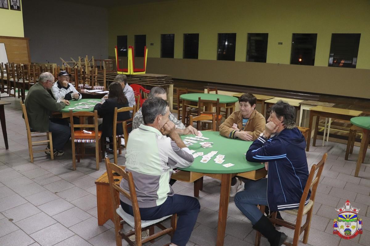 Final do Campeonato Municipal de Canastra de Casais