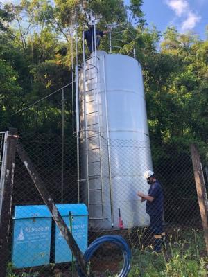 Limpeza dos reservatórios de água
