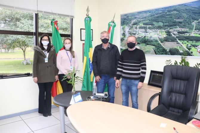 Visita de representantes da UCS - Universidade de Caxias do Sul, Polo de São Sebastião do Caí
