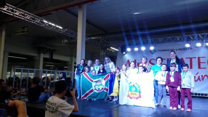 Alunos de Linha Nova conquistam 2º lugar na Mostratec Júnior