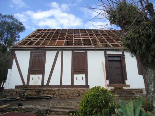Iniciadas obras de reforma do telhado da Heimathaus