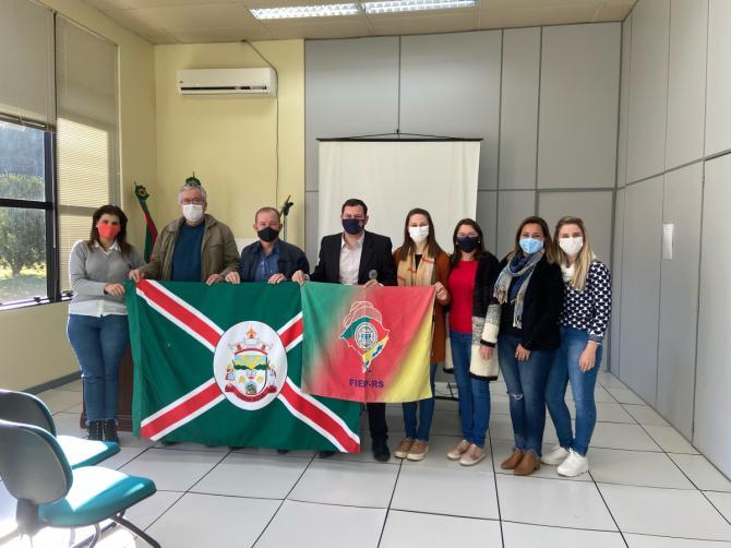 Delegado Regional da FIEP-RS visita Linha Nova