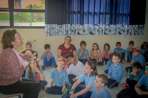 Professora Liane Bender conversou com alunos