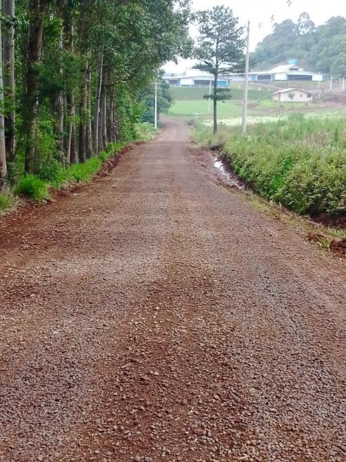 Secretaria de Obras segue trabalhando em melhorias nas estradas
